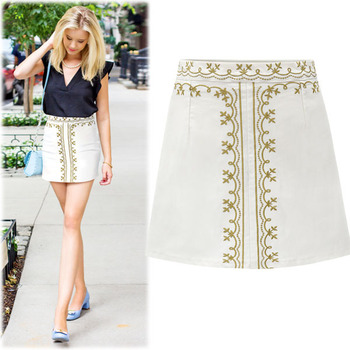 #BSK13811Daisy Embroidery Mini Skirt